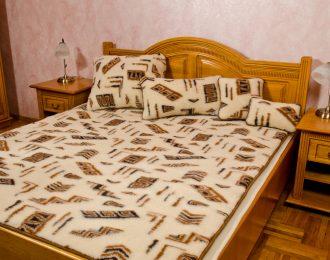 """Komplet wełniany= kołdra, podkład + 2 poduszki 40 x 60 """"Standard Viva"""""""